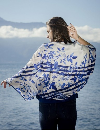 Foulard magique Bréhat bleu - worn back