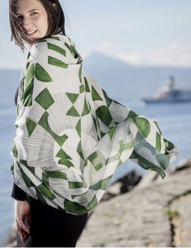 Étole Santorin vert - worn back